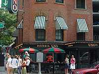 Chicago illinois city restaurants and dining for Pizzeria uno chicago